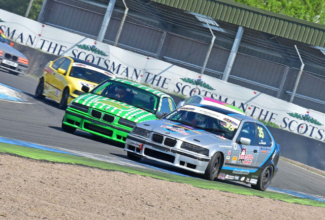 Super Lap Scotland - Rounds  5 & 6 with the MG Trophy, BMWs and Scottish Legends