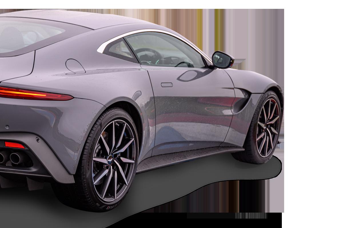 Aston Martin Supercar Experience In Scotland Knockhill Racing Circuit