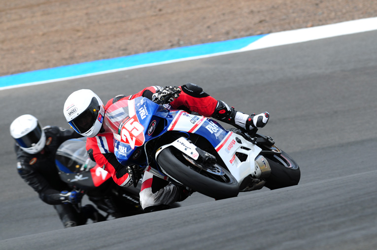 Hobbs leads the way during Ducati TriOptions Cup races at Knockhill