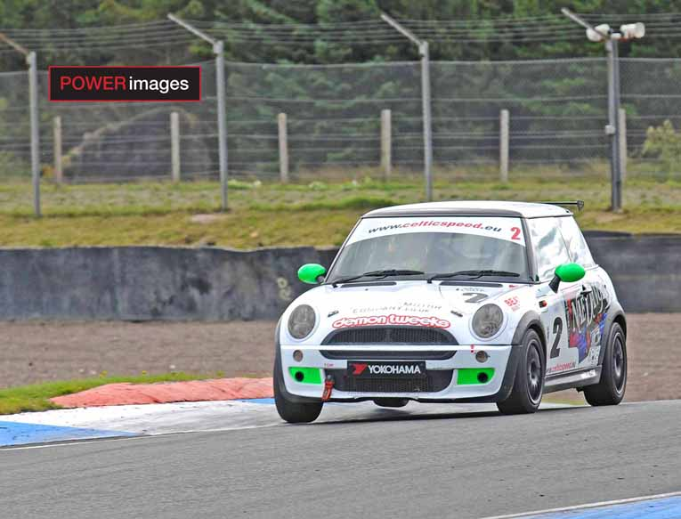 Tanner on his way to Mini Cooper Cup victory